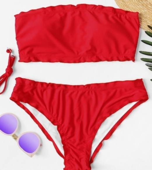6f7f33dd4f8d4 Detachable straps Bandeau bikini
